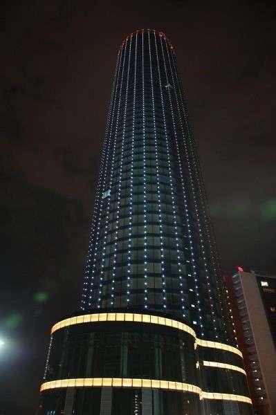 ВЕкатеринбурге сдана вэксплуатацию 52-этажная башня «Исеть»