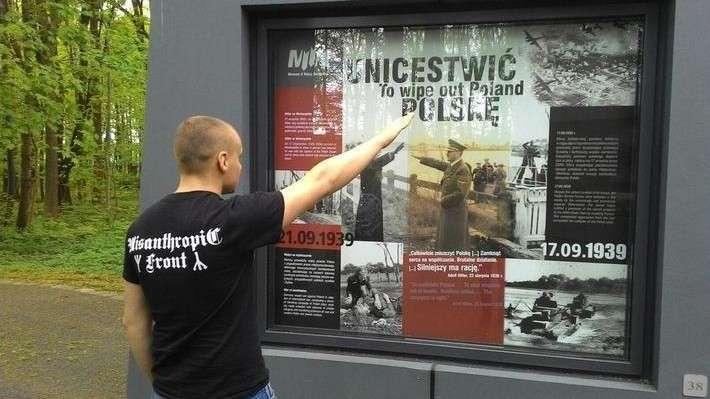 Русские нам братья! Тысячи поляков выступили против лживой прессы