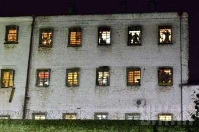Уши «Торнадо»: каратели устроили бунт в СИЗО, боясь приговора суда за преступления в Донбассе