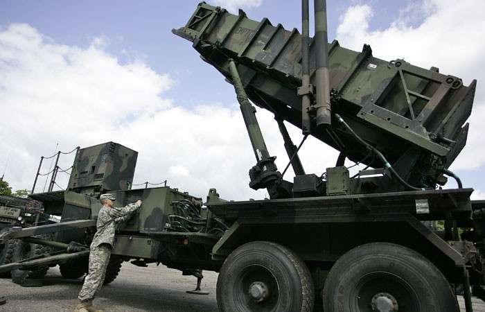 Киев сдается под ПРО. Недорого. За статус военного партнера США власти Украины готовы отдать и небо, и землю