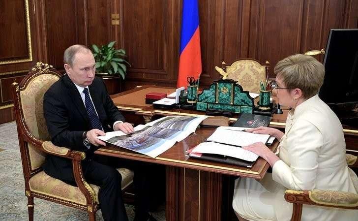 Рабочая встреча Владимира Путина сгубернатором Мурманской области Мариной Ковтун