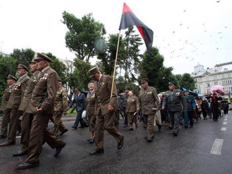 Киевская еврейская хунта хочет юридически оправдать боевиков ОУН-УПА