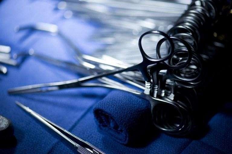 Тонкости американской медицины: вместо обрезания пациенту сделали ампутацию