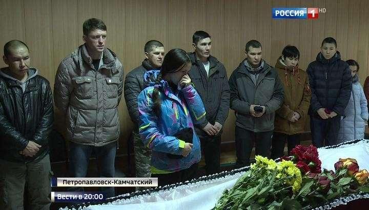 Скорую не пустили к больному: россияне придумывают, как унять автохамов
