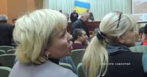 Валите к себе на Западную Украину, не мешайте нам жить! — скандал в оккупированном Дзержинске