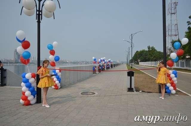В Благовещенске открыли очередной участок набережной реки Амур