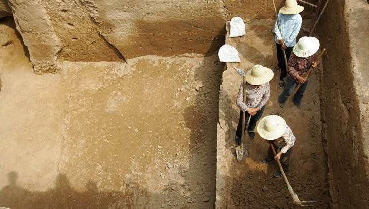 На границе России и Китая ученые начали исследования древней крепости