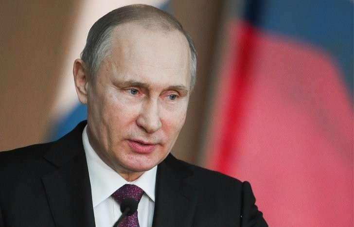 Владимир Путин поручил до 1 марта 2017 г. усовершенствовать господдержку молодых ученых