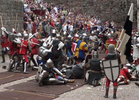 Меченосцы-крестоносцы требуют Россию вернуть Выборгский замок