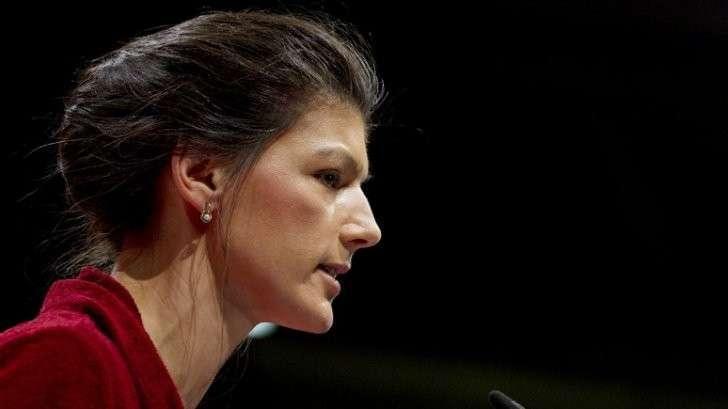 Распустить НАТО и создать новый альянс с Россией - призвала Сара Вагенкнехт