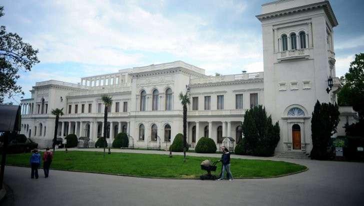 Новая Ялта: Лидерам России, США и Китая предложили встретиться в Крыму и поделить Мир