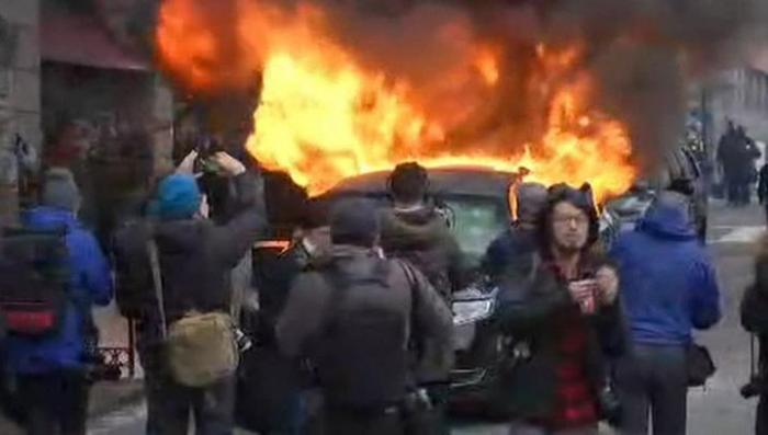 Вашингтоне продолжаются беспорядки, уже 200 задержанных
