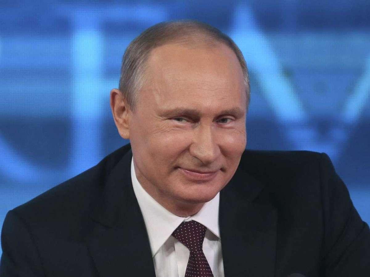 Революция в России началась! Да здравствует долгожданная Революция!