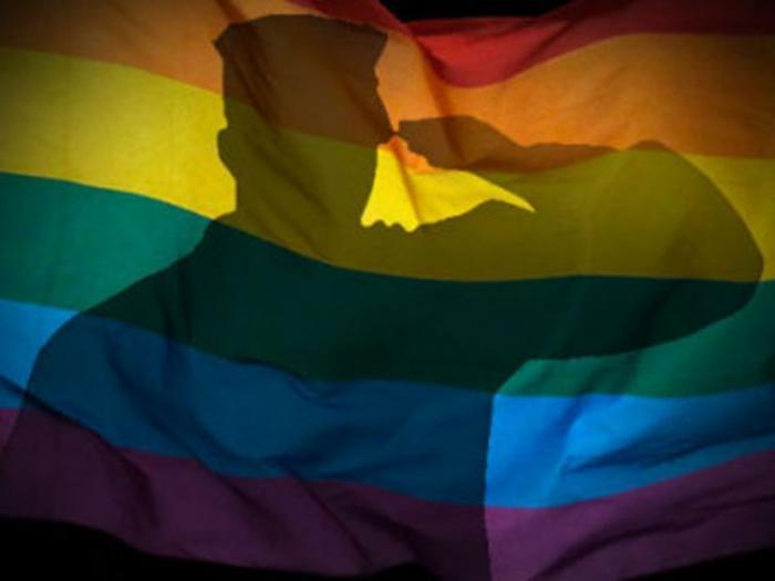 17 тысяч геев — ударная сила «голубого» Бундесвера. Обидно за армию белокурых бестий
