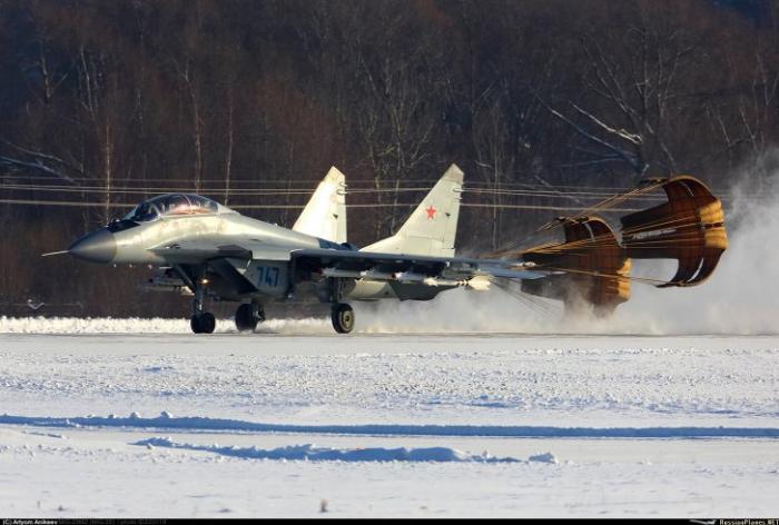 «Штрихи к портрету» грозного истребителя МиГ-35