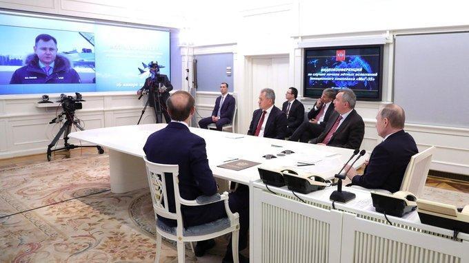 Владимир Путин провёл видеоконференцию сРоссийской самолётостроительной корпорацией «МиГ»