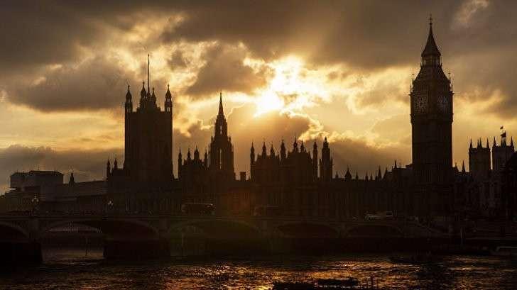 В Лондоне бомжи захватили особняк миллиардера из России и объявили себя «Антиправительством США»
