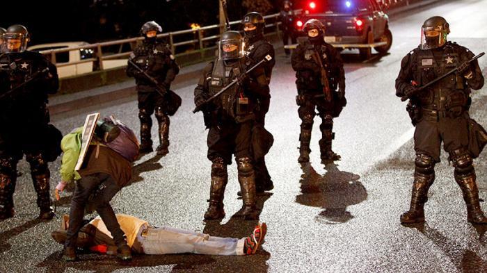 США предложили ужесточить наказание за массовые беспорядки. Закручивают гайки
