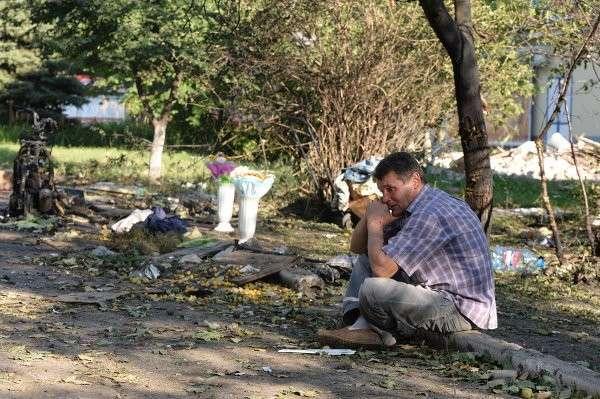 В районе крушения сбитого американцами Боинга работают наблюдатели и ужесточаются бои