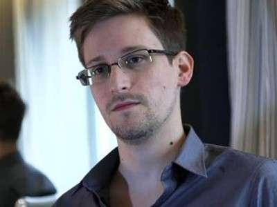 Сноуден: США вынудили ЕС создать массовую шпионскую сеть