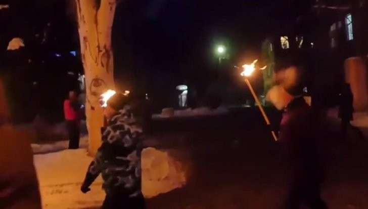 В Славянске прогремел взрыв во время факельного шествия бандеровцев