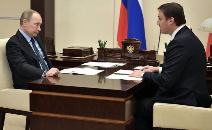 Владимир Путин провёл встречу спредседателем правления Россельхозбанка Дмитрием Патрушевым