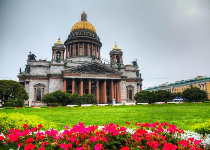 Реституция Исаакиевского собора в пользу церкви: всё дело в грязных деньгах