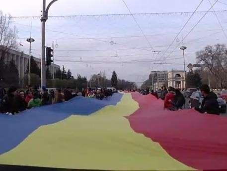 Сторонники Клинтон готовили молдавский Майдан – Президент Додон