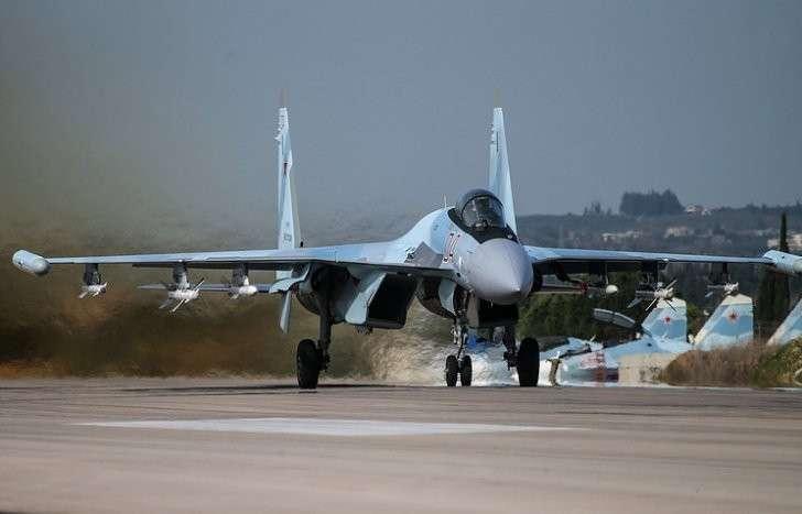 Су-35 на аэродроме авиабазы Хмеймим