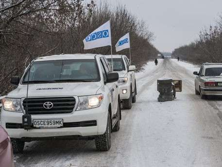 Каратели из Каратели из СБУ под видом ОБСЕ проводит операции в Донбассе