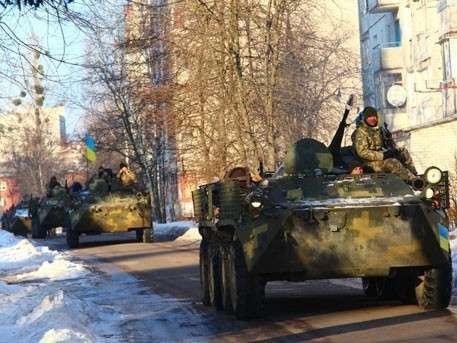 Киевская Хунта перебросила к линии соприкосновения в ЛНР технику и иностранных наёмников