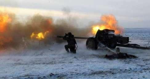 В ДНР бои с Украиной по всей южной линии фронта