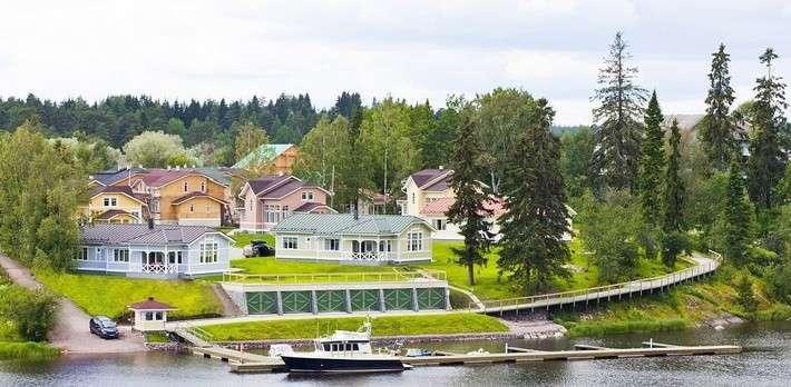 В Карелии на Ладоге открылся новый туристический комплекс