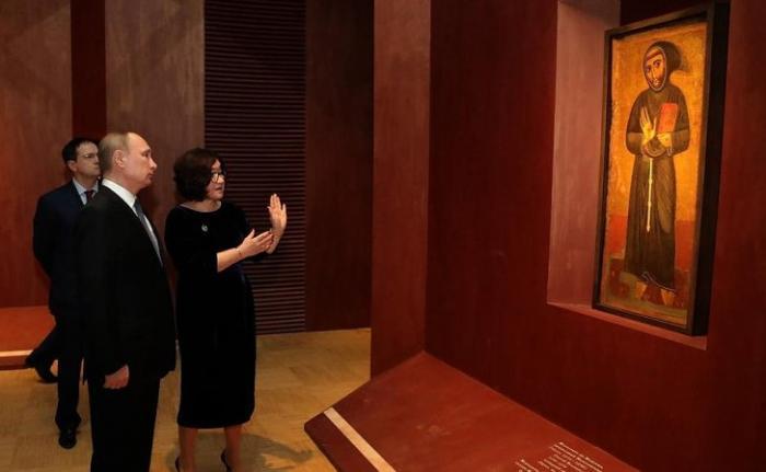Владимир Путин посетил Третьяковскую галерею