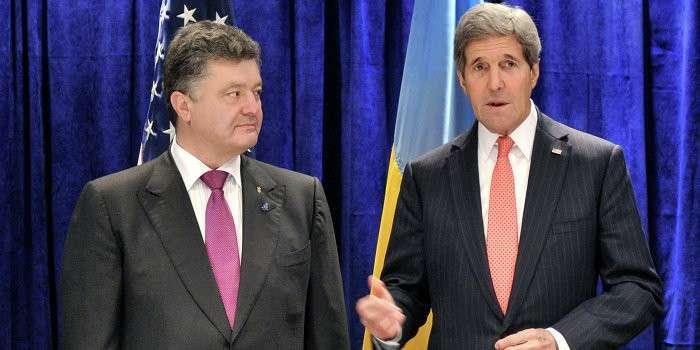 Госсекретарь США Джон Керри продолжает хитрить на Украине