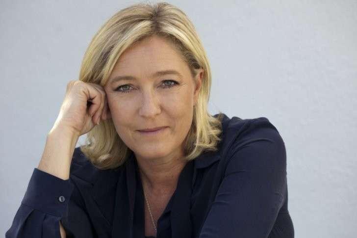 Марин Ле Пен: Во имя Французов! Против мигрантов