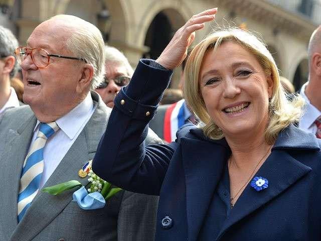 Марин Ле Пен поддержала полицию против арабов и негров в пригороде Парижа