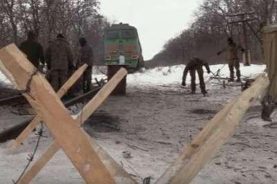 Угля на Украиине на две недели: Гройсман пугает страну веерными отключениями