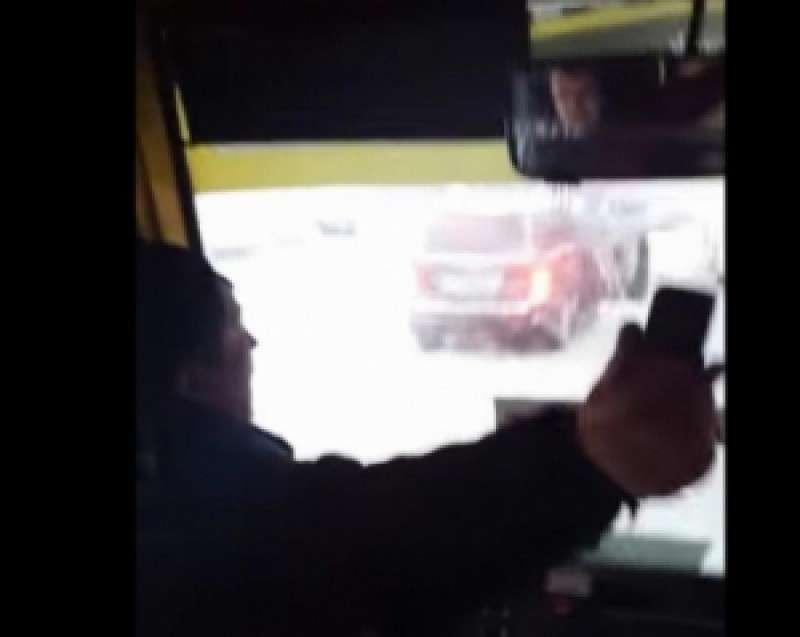 «Лучше бы тебя пристрелили!» – водитель киевской маршрутки отказался бесплатно везти карателя