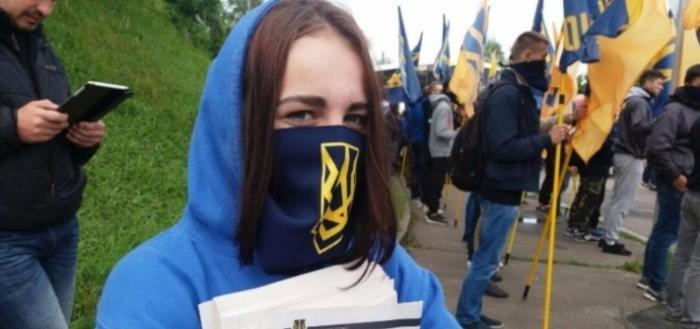 Украинская либеральная интеллигенция – субстанция под батистовым платочком