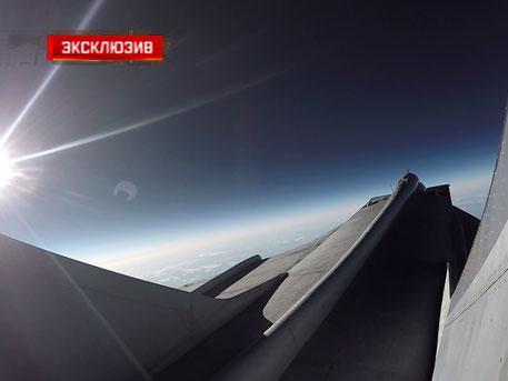 Впечатляющие кадры: истребитель МиГ-31 поднялся к границе ближнего космоса