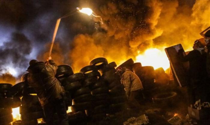 Россия возвращает гражданам Украины конституционные права!