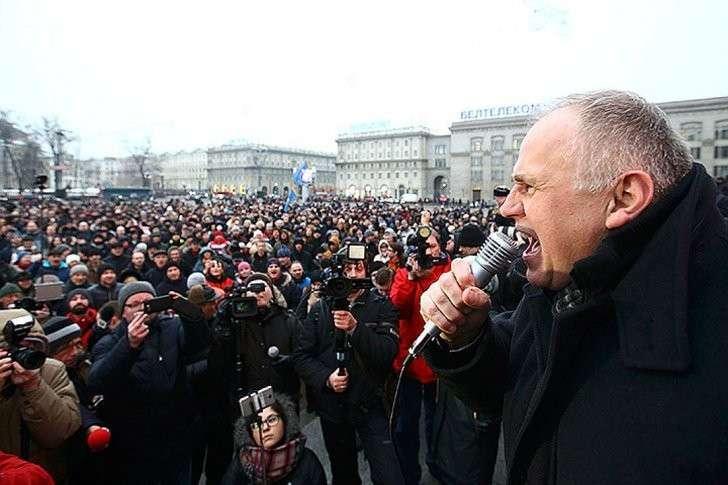 Выступление одного из лидеров белорусской оппозиции в Минске. Фото: REUTERS