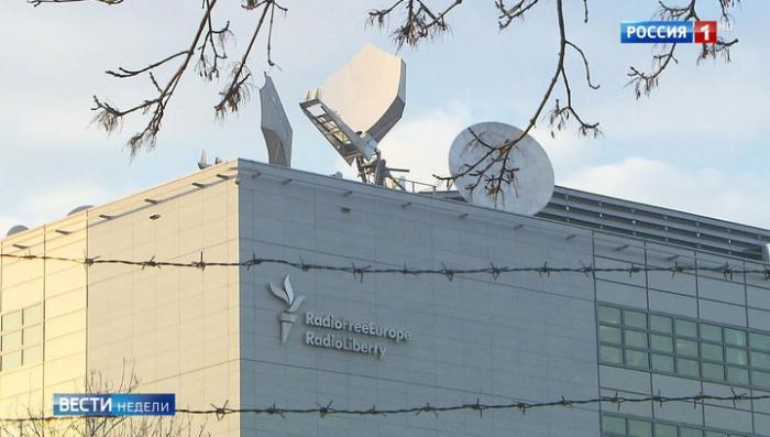 Стукачество и поклеп: ветеран журналистики рассказал о работе на вражеском «Радио Свобода»