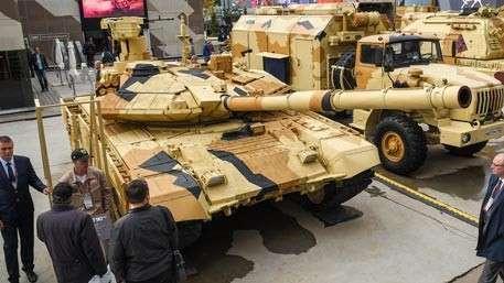 Неубиваемый Т-90: за счет чего супертанк стал на голову выше своих аналогов
