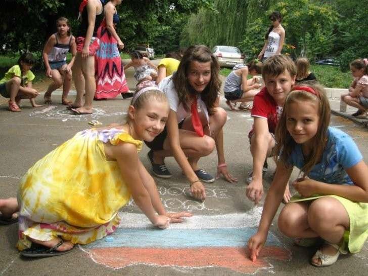 Американка в шоке от воспитания по-русски: Женщинам по всему миру следовало бы поучиться у русских!