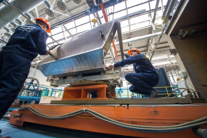 Титановую бронированную кабину для бомбардировщика Су-34 делают поновой технологии