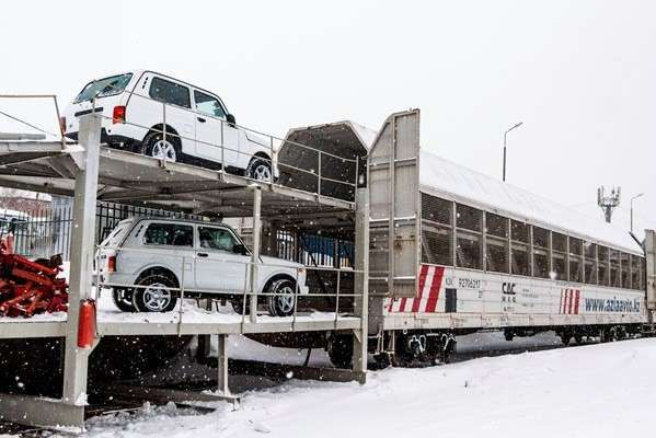 «АвтоВАЗ» и «Азия Авто» начали экспортные поставки вКитай автомобилей LADA 4