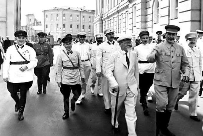 Иосиф Сталин назван самым великим человеком в Мире