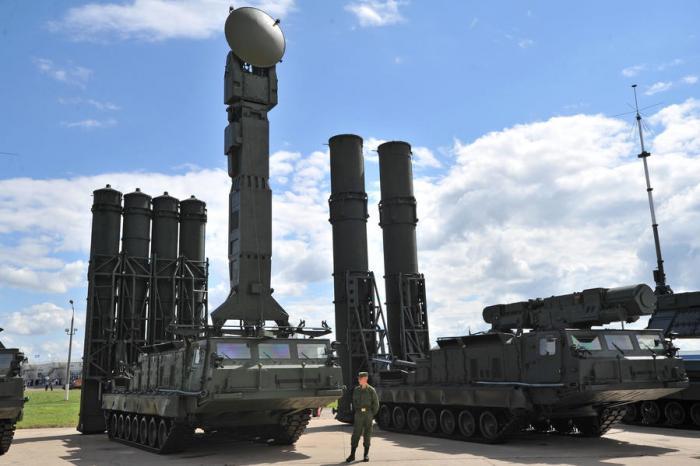 ВКС России начали подготовку специалистов для зенитно-ракетных систем С-500